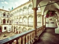 Italian-Courtyard-06