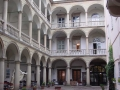Italian-Courtyard-07