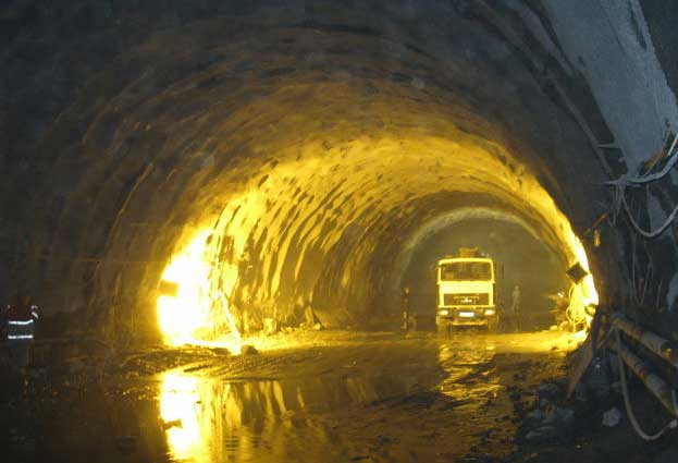 beskidskiy-tuneli_3
