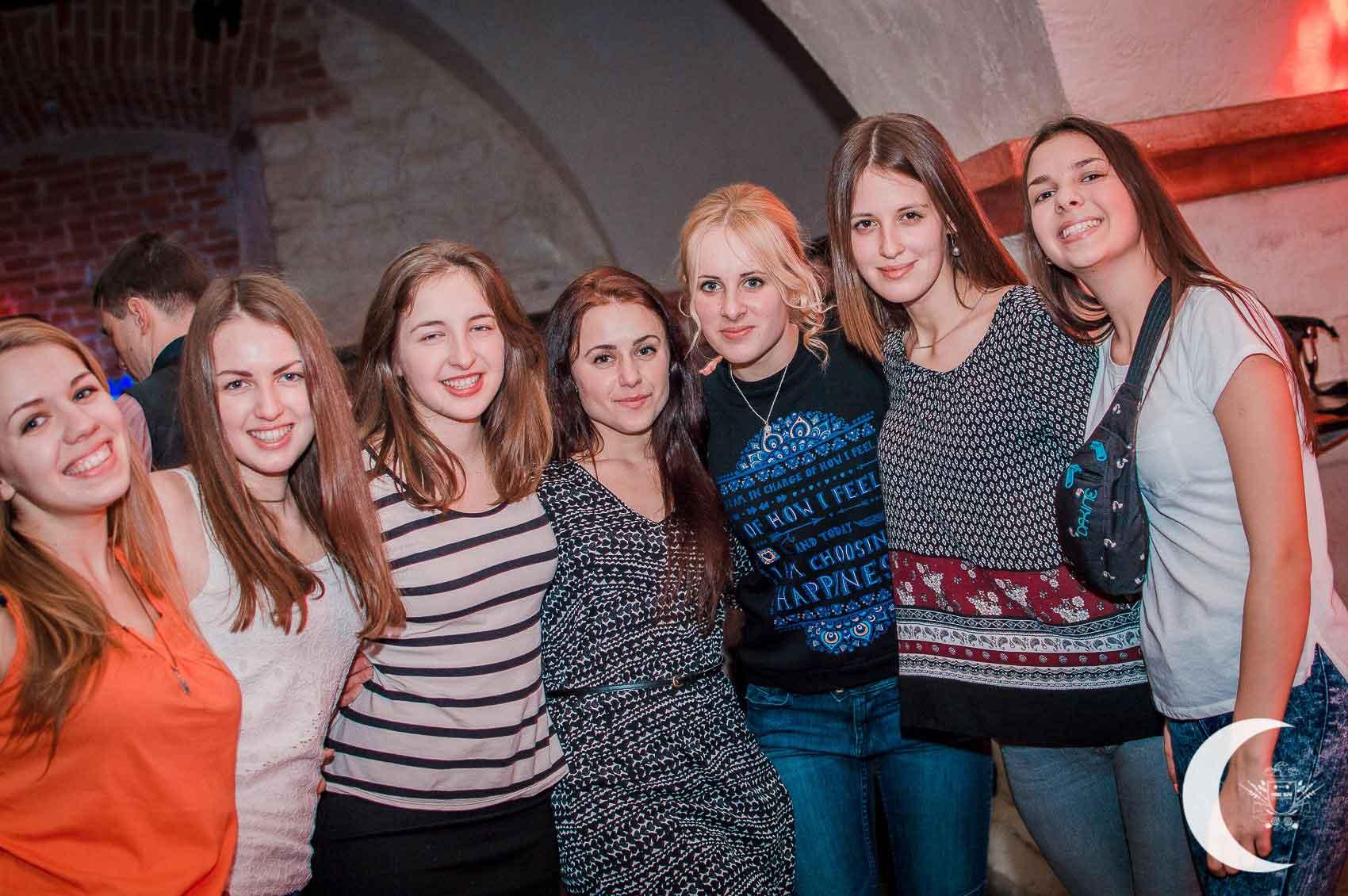 Arsenal Club Dans, Lviv Arsenal, Lviv Dans Kulüpleri, Ukrayna Lviv Salsa Kulüpleri, Lviv de Nerde Dans Edilir, Lviv Dans Kulübü, Lviv Dans ve Eğlence