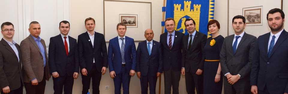 Neleri Takip Etmeli, Burak Pehlivan, Ukrayna tuid, Ukrayna Türk iş adamları, Ukrayna ekonomik verileri, Ukrayna 2017 yatırım, Lviv Haber, Ukrayna da yatırım yapmak, Ukrayna da neye yatırım yapılabilir, Ukrayna da iş yapılır mı