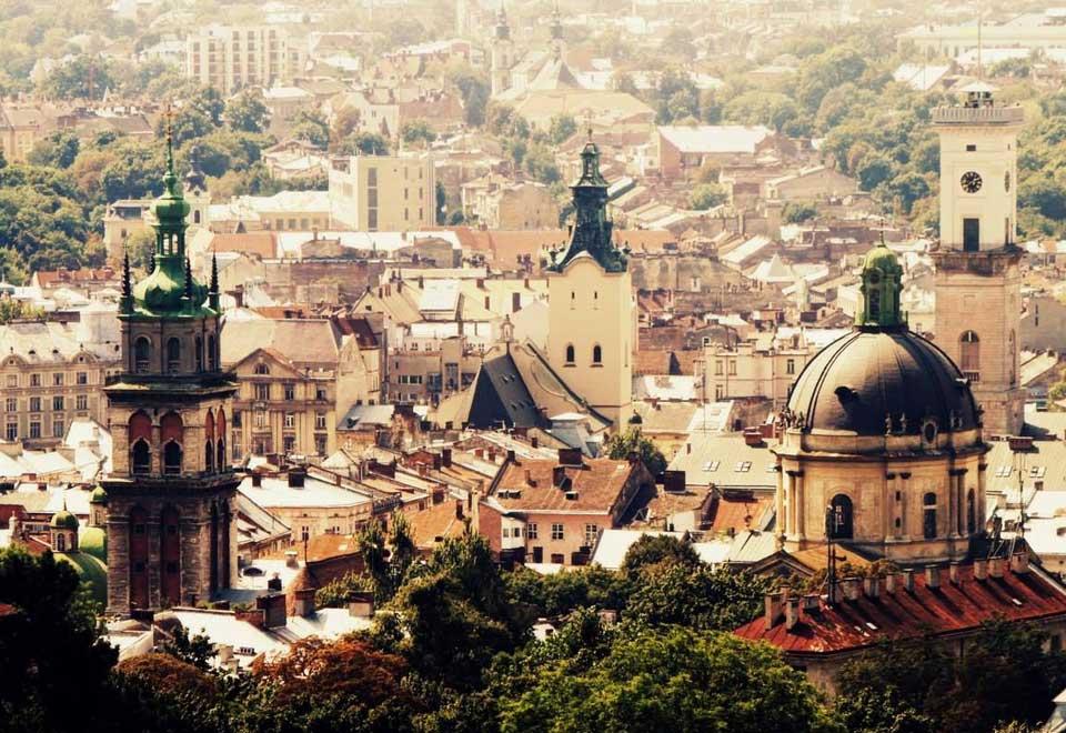 Lviv de Neler Yapmalısınız, Lviv de nereye gidilir, Lviv ne yenir. Lviv de nereler görülmelidir, Lviv Gezi Rehber, Lviv de ne var, Ukrayna Lviv