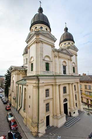 Lviv Başkalaşım Kilisesi | Lviv Haber
