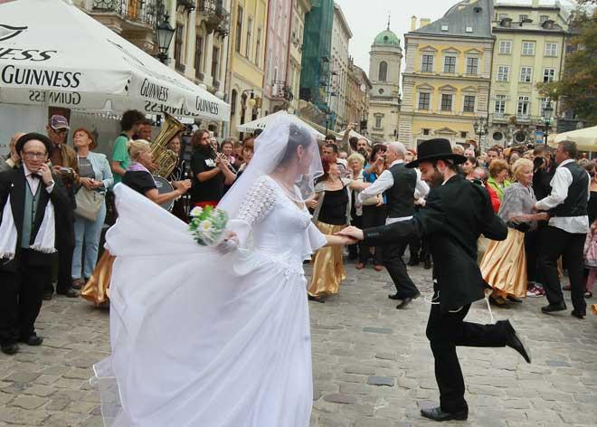 Yaz için Lviv Ziyaretçilerine Yapabilecekleri 5 Öneri | Lviv Haber
