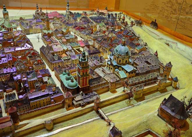 Antik Kent Lviv - Minyatür Mimarisi | Lviv Haber