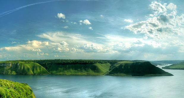 Dinyester Kanyonu, Ukrayna da nereleri görmeli, ukrayna gezi rehberi, Ukrayna doğa harikaları, Ukrayna da ilginç yerler, Ukrayna da Nereye Gidilir