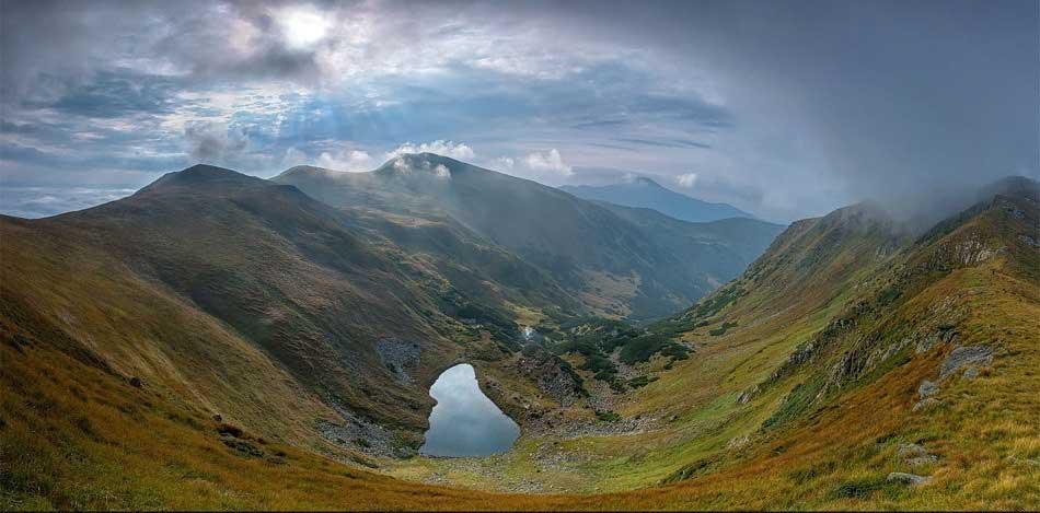Brebeneskul Gölü Foto.: Elena Çanta