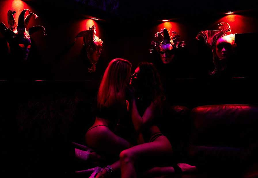 Lviv Gece Kulüpleri, Lviv Gece Hayatı, Lviv de eğlenmek için nereye gitmeli, Lviv Kulüp Rehberi, Lviv Rehberi, Lviv Geceleri, Lviv Eğlence Mekanları, Львів, Ukrayna Lviv Gece Kulüpleri, Ukrayna Lviv Gece Hayatı, Україна, ЛЬВІВ, Львів, Lviv Night Life, Lviv Night Club, Lviv Cazanova, Lviv Show Barları