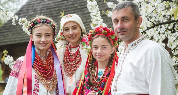 Ukrayna Ulusal Kıyafetleri, СПАДОК, Spadok, Film ua, Vışıvanka, Спадок, Тизер, Ukrainian national clothes, Ukrayna yöresel yaşam, etnik yaşam