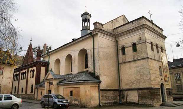 Lviv Lady Snows Kilisesi, Костел Марії Сніжної, Львів