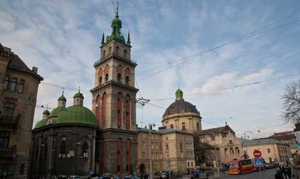 Lviv Varsayım Kilisesi, Успенська церква, Львів