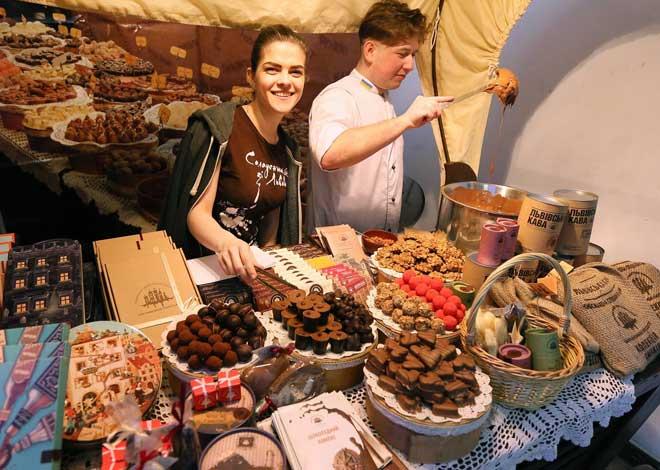 Lviv Ulusal Çikolata Festivali, Çikolata, Festival, National, Chocolate, Festivall in Lviv, Biscotti, Lviv, Ukraine, Fest, Lviv Choco Fest, Lviv Ekim Fest