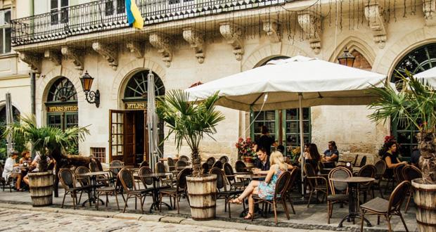 7 Güzel Teraslı Restoranı, Restoran, Lviv Yemek, Lvov Good Food, Lvov Food, Food Culture, Teras, Cafe, Ukraine Lviv, Lviv de nereye gitmeli, Lviv de nerede yemek yenir, Lviv Food Destination, Lviv Destination, Lviv,
